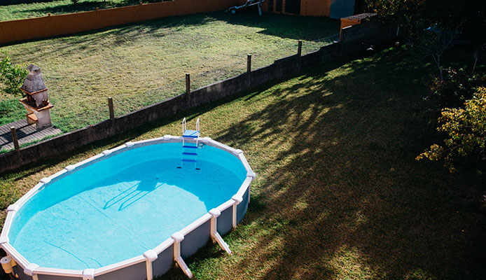 How-to-Choose-the-Best-Above-Ground-Pool--Buying-Guide