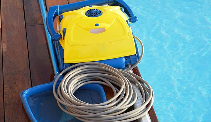 How_To_Choose_A_Pool_Cleaner